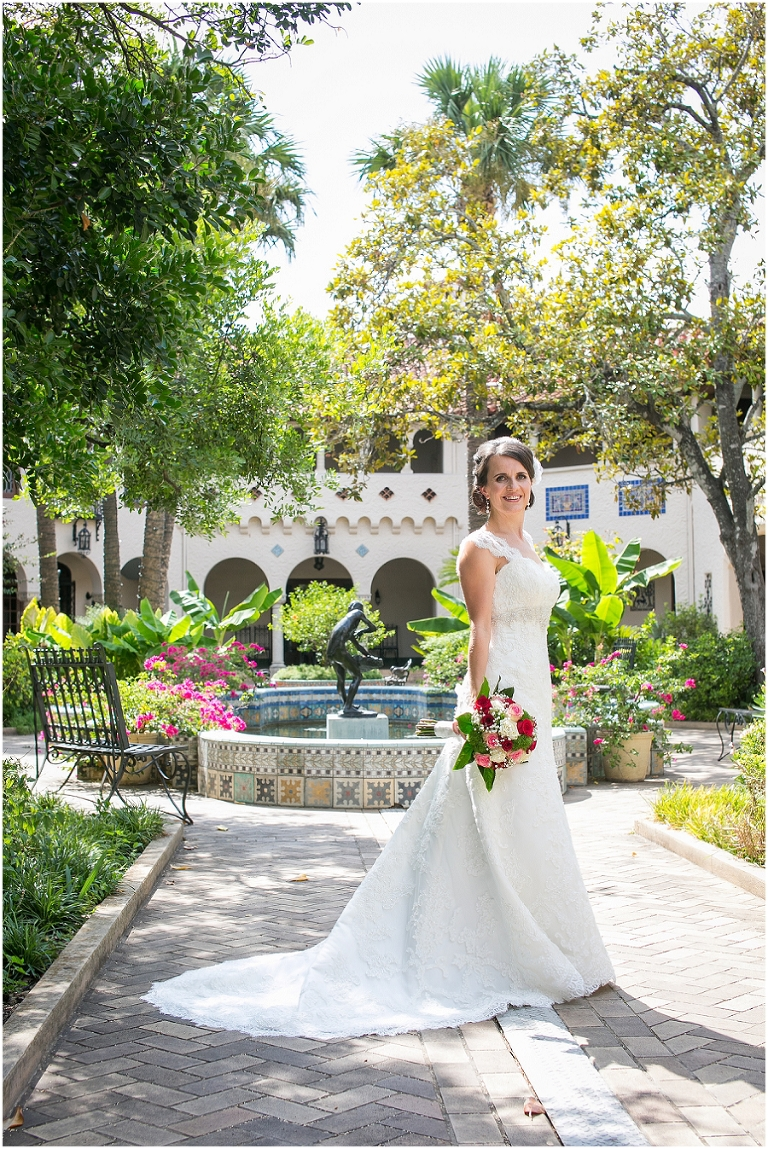 Cedar Park Tx >> Sylwia's Bridal Session: McNay Museum (San Antonio Wedding Photography) | Rachael Hall Photography